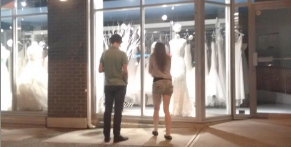Can You Really Find Cheap Designer Wedding Gowns?