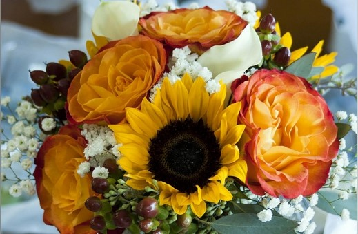 How to make wedding flowers