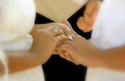 Mens Moissanite Wedding Rings