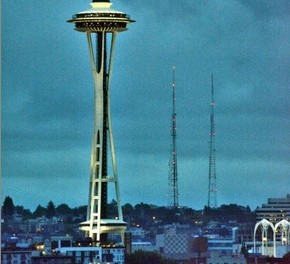 Want a Truly Futuristic Wedding? Get Married at Seattle's Historic Space Needle!