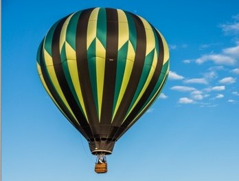 Up, Up and Away For Your Hot Air Balloon Wedding!