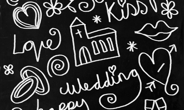 Choosing Favors for Your DIY Wedding